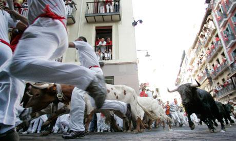 La corsa con i tori di Pamplona